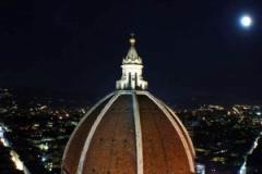 Duomo Moon